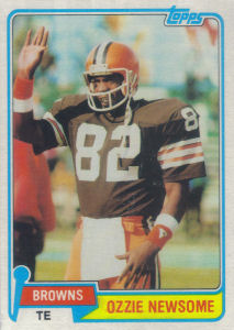 Ozzie Newsome 1981 Topps #435 football card